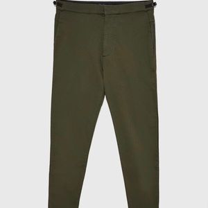 Men's olive slim fit khakis in size small / 30